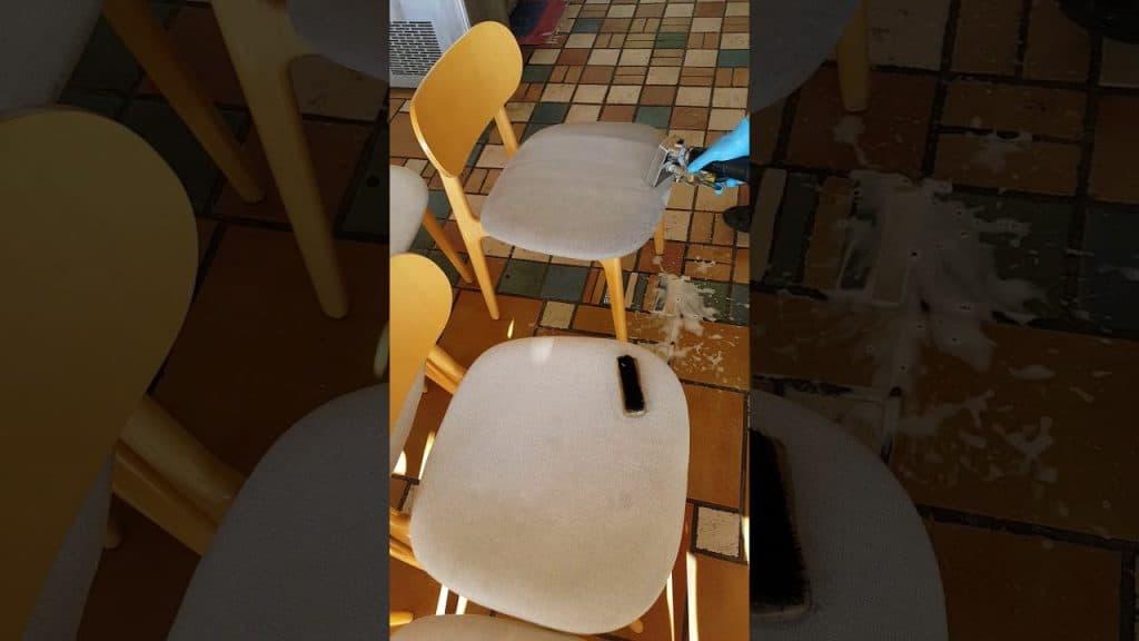 Професионално пране на столове